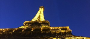 Paris-Eiffel-Tower-at-night-1366-x-597